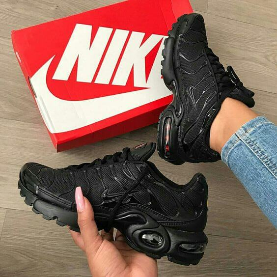 97d4281e8bde2a Top 10 Dashing Nike Air Max Plus Sneakers - Page 4 of 10 - WassupKicks