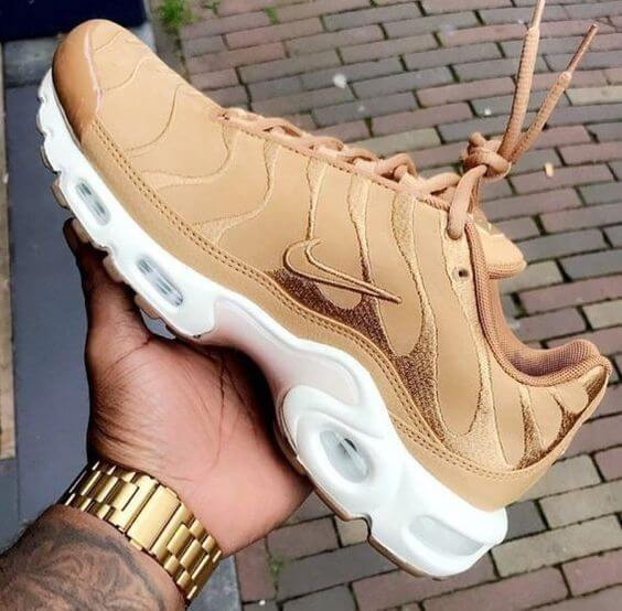 a6bd4b1dbc Have a look at our today's whole collection of top 10 Nike Air Max plus  kicks and reveal some dashing pairs.